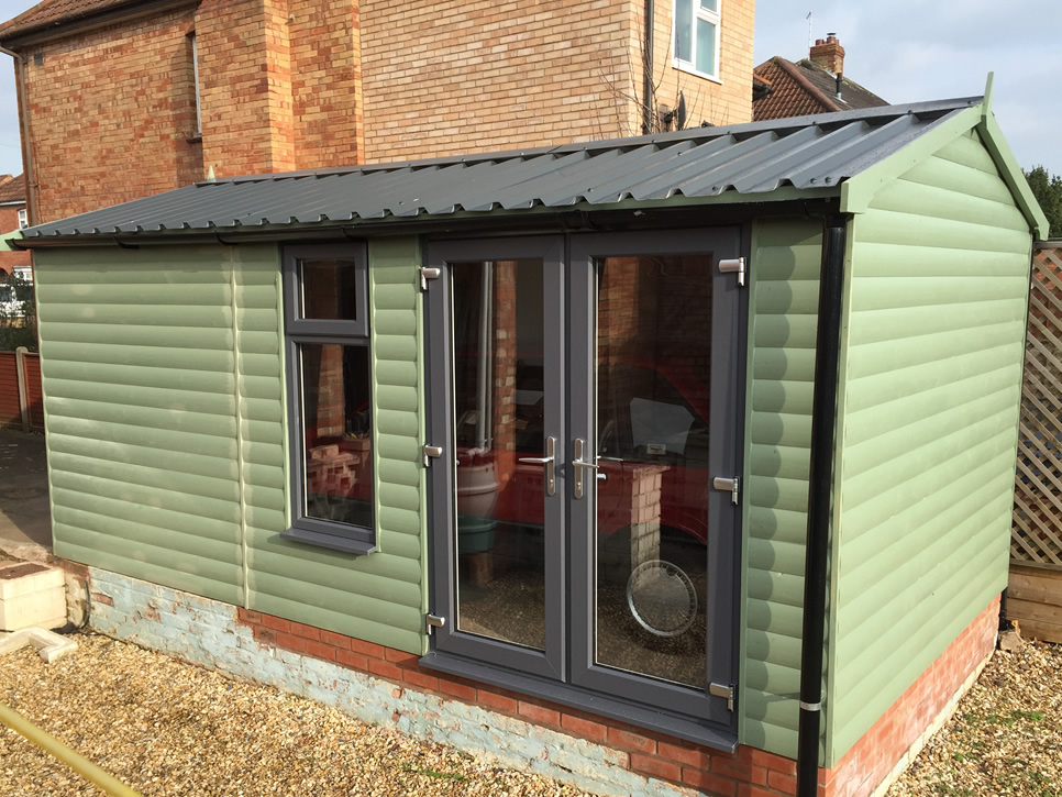 New england range browns garden buildings limited for Green garden rooms