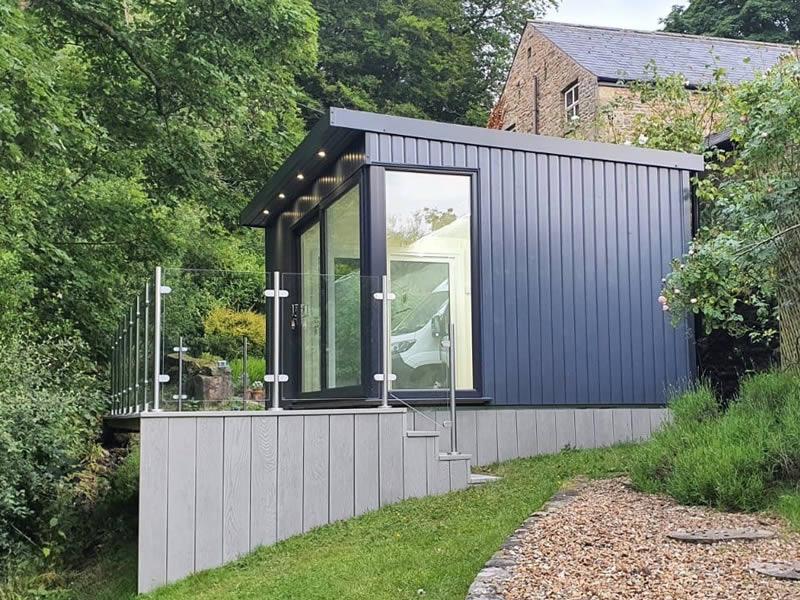 Manhattan art studio 4.5m x 3m in slate grey with 3m patio door.