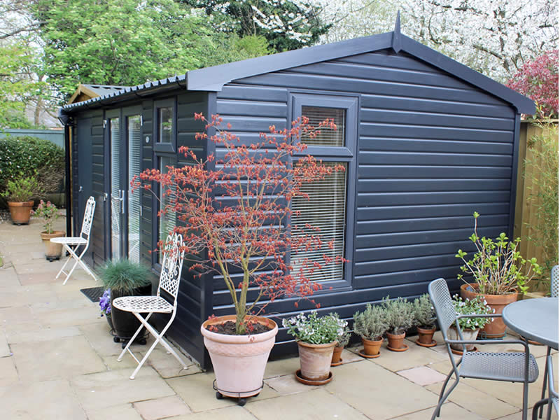 Pembroke Apex Garden room with store in Anthracite 3.048m wide x 5.481m long and anthracite roof - SIDE