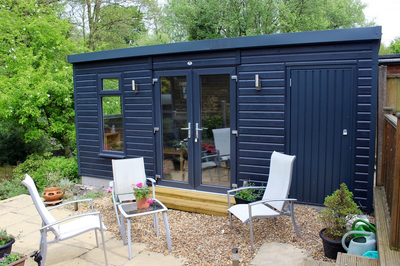 Garden Room With Store on the righthand side finished in anthracite paint colour